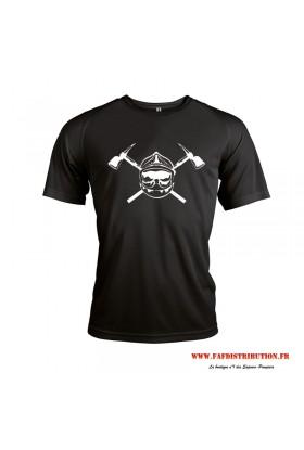 T-shirt sport casque avec hache